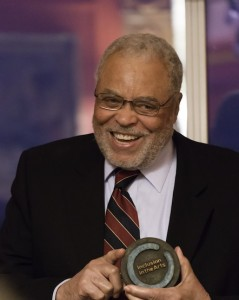 James Earl Jones accepting his Inclusion in the Arts Award